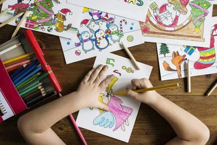 大人の趣味としても人気の塗り絵幼児期に塗り絵にハマると早期幼児教育